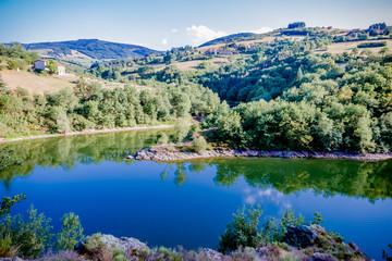 Le lac de Couzon dans le parc du Pilat