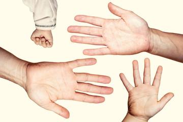 Hände, Eltern und Kinder