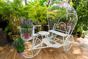 Vintage white garden Bicycle with flower