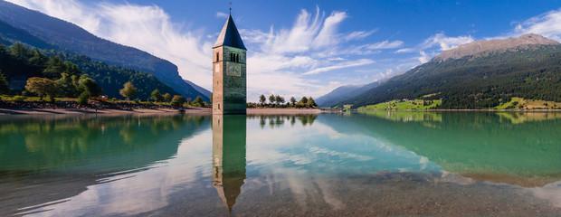Kirchturm im Reschensee; Italien