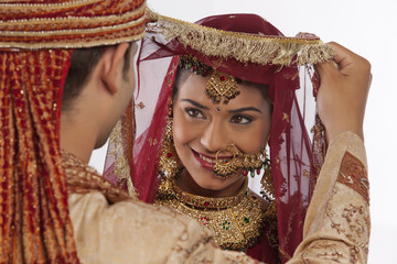 Gujarati bride and groom