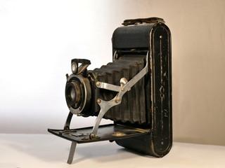 Ancien appareil photo à soufflet