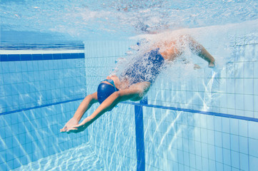 Backstroke swimming start