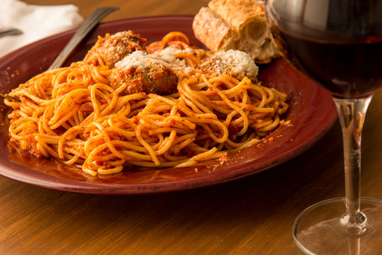 Spaghetti and Meatballs with wine