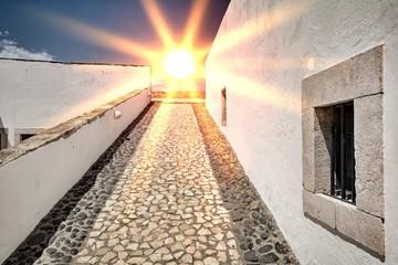 Sonnenaufgang über Burg Forte da Ponta da Bandeira in Lagos, Algarve Portugal