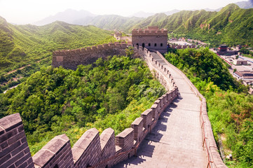 Scenic view of Great wall of China during sunny day