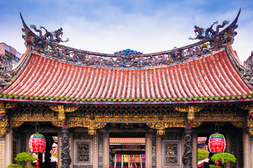 Lungshan Temple, Beautiful facade of chinese temple. Taipei, Taiwan