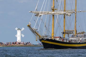 SAILING VESSEL - Bulgarian sailing ship Royal Helena