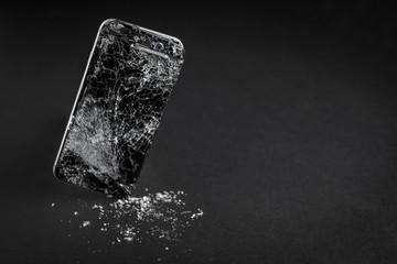 Obraz Smartphone (Display kaputt) - fototapety do salonu