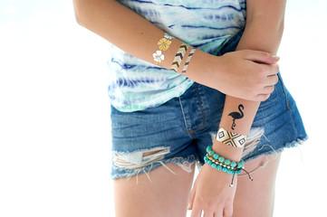 henna on her hand