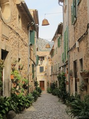 Narrow lane, Valdemossa, Majorca, Spain.