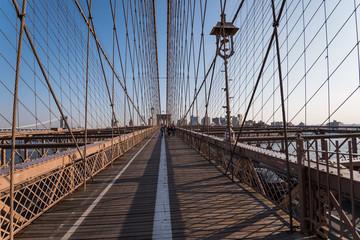 ニューヨーク・ブルックリン橋の歩道