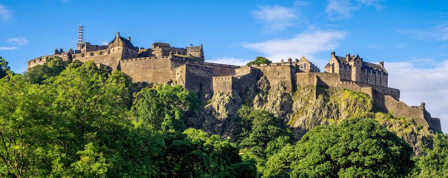 Panoramic image of Edinburgh Castle.