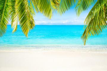 Strand und Meer als Hintergrund für den Urlaub