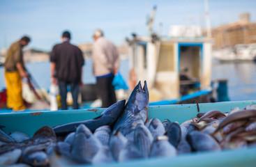 Marché de poissons à Vieux Port Marseille