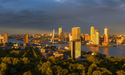 Fotobehang Rotterdam Last sunlight over the skyline of Rotterdam from the Euromast