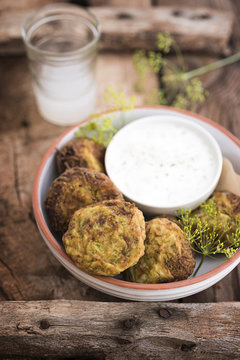 Zucchini patties with dill