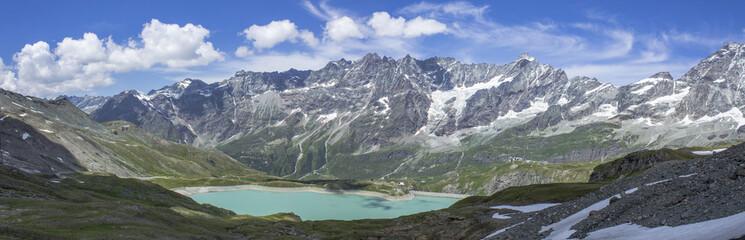 Italian mountain lake under Testa Grigia