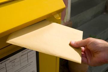 Brief einwerfen