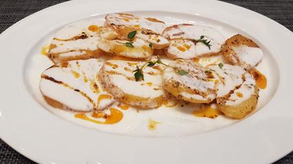Türk Mutfağından yoğurtlu patates yemeği