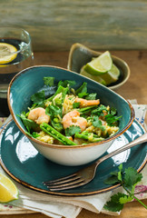 Thai prawn and pea pilaf