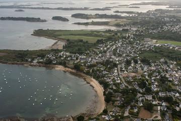 Vue aérienne de Port Navalo dans le Golfe du Morbihan en France