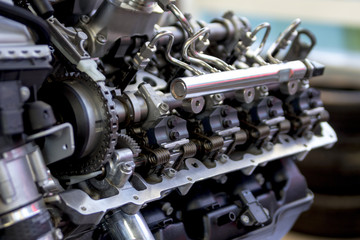 Common-rail injection system of Diesel Engine | ディーゼルエンジンのコモンレール燃料噴射システム Fotomurales