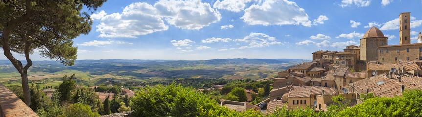 Toskana-Panorama, Volterra im Chianti-Gebiet Fototapete