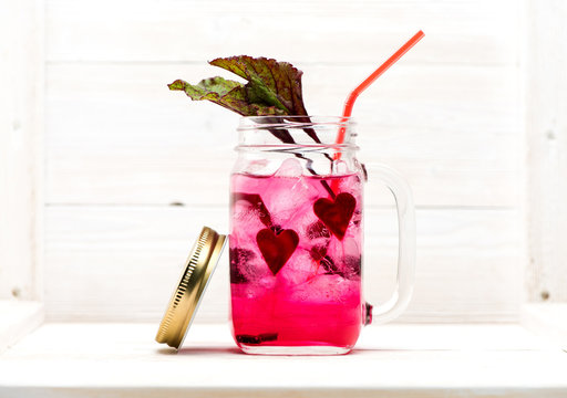 Cold Infused Detox Water with Beetroot