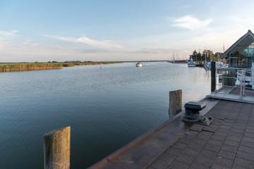 Abend am Hafen von Zingst am Barther Bodden