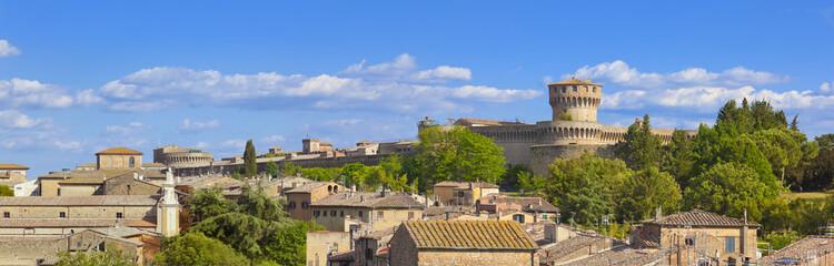 Toskana-Panorama, Volterra im Chianti-Gebiet, (Festung der Medici)