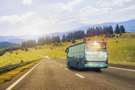 tourist bus Rides on the mountain highway