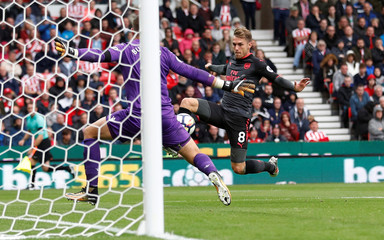 Premier League - Stoke City vs Arsenal
