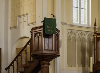 Kanzel in einer Kirche im Spreewald