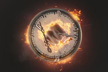 Faust schlägt durch Uhr