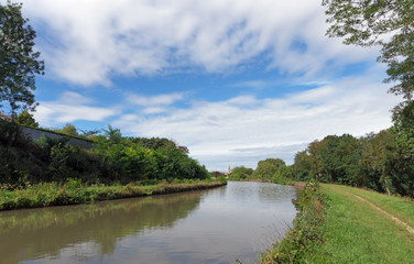 Fotobehang Kanaal Canal de Briare dans le Loiret