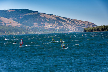 Hood River Wind Action!