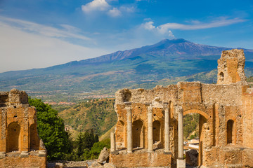 Recess Fitting Athens Panoramic view of beautiful town of Taormina with its greek amphitheatre and Etna volcano background, Sicily island, Italy
