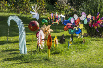 windspiel, wind chimes in garden