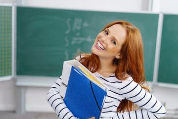 erfolgreiche studentin in der akademie