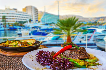 The restaurants in Eilat's port