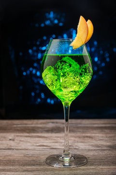 Green sparkling cocktail