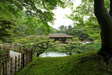Maison et jardin  japonais
