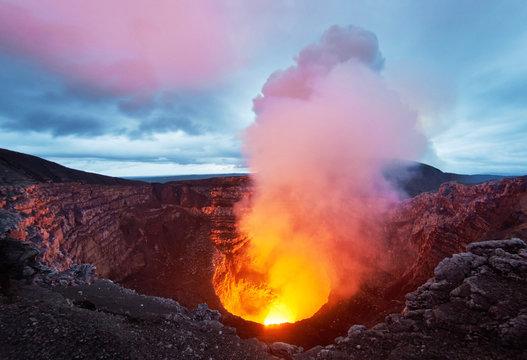 Entrance to hell: The active Masaya volcano, Nicaragua