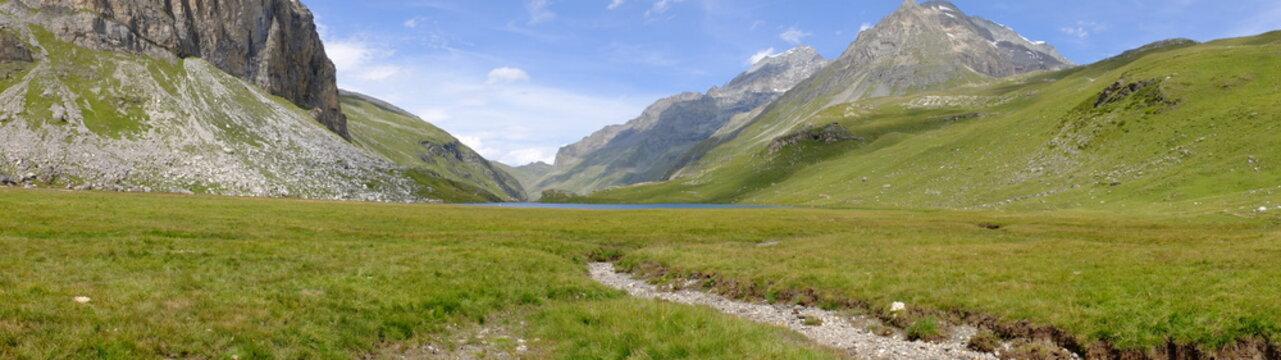 du refuge de Rosuel au lac de la Plagne