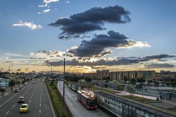 Atardecer Avenida de las Americas Bogota
