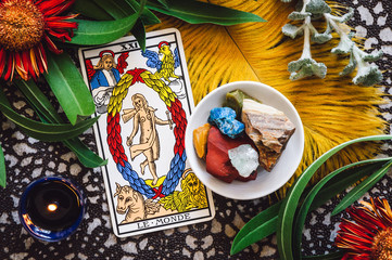 Le Monde: The World Tarot Card