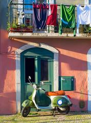 Fotorolgordijn Scooter Lisbon Old Town street, Portugal