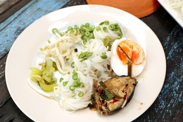 rice noodles boiled spicy fish