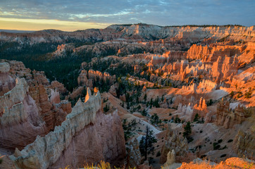 panoramic view of Bryce Canyon at sunrise Sunrise Point, Bryce Canyon National Park, Utah, United States